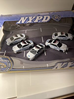 Greenlight 1:64 NYPD 5 car diorama