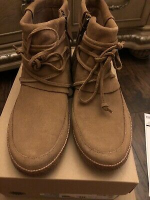 UGG Women's Reid Winter Boot Size 10 NEW With BOX. ❤️❤️
