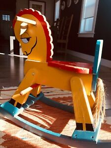 Wooden horse decorations kids toys