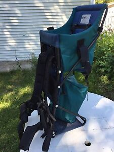 HQ Kelty baby/child carrier back pack
