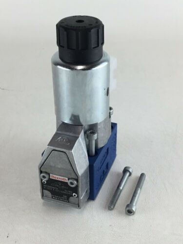 NEW REXROTH R900569794 HYDRAULIC DIRECTIONAL CONTROL VALVE