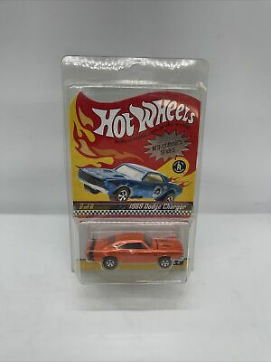 HOT WHEELS RED LINE CLUB Neo-Classics Series 4 813/11000 1969 Dodge Charger