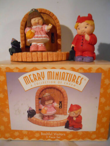 Hallmark Merry Miniatures BASHFUL VISITORS Halloween Personalities 1997