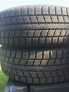 p215/60/17 inch Toyo Winter Tires on Rims / TONS OF TREAD