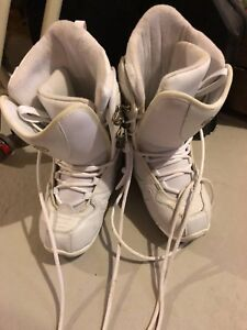 Size 8 Limited Snowboard Boots