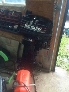 Mercury 25 hp boat motor