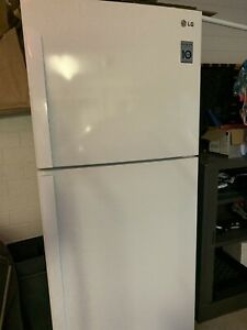 LG fridge / freezer 407L