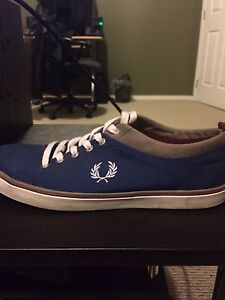 Fred Perry Casual Sneaker *Size 9*