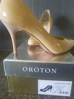 Oroton size 8 EUR 38 nude pink 100% leather heels