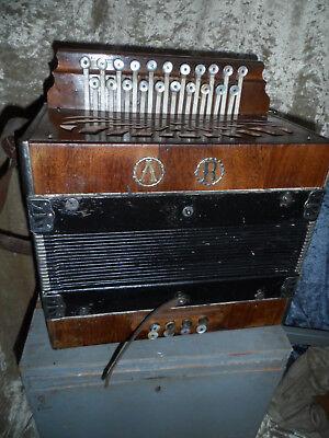 21299 antikes kleines Akkordeon Firma A R AR Bastler vintage Koffer