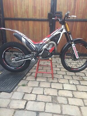 Gasgas 250 factory replica limited edition  2013  road registered