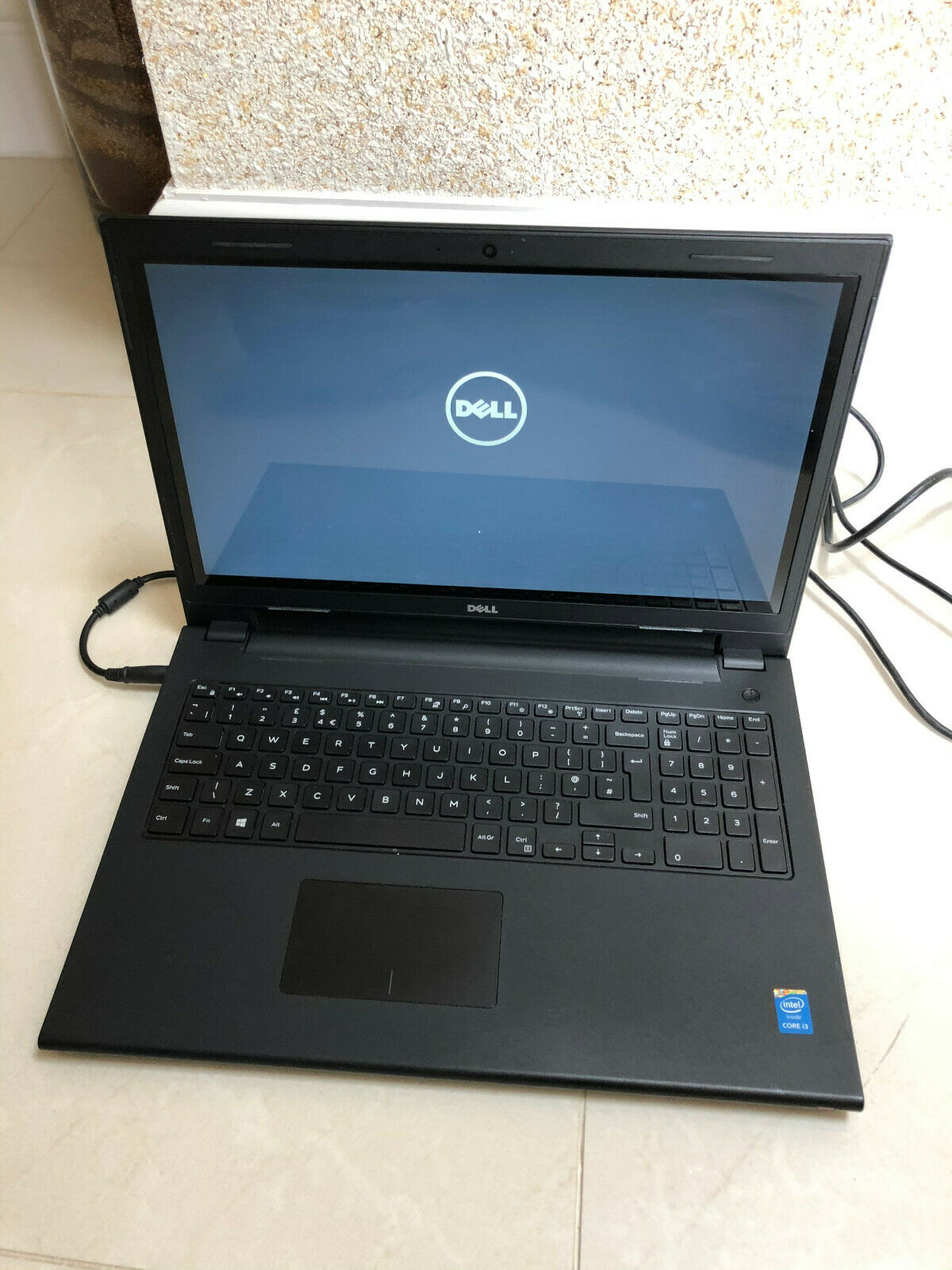 Laptop Windows - Dell Inspiron 15 Laptop  -  Windows 10 - Intel Core i3 - 4GB RAM - 500GB HD