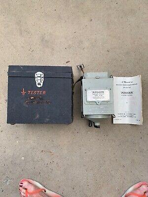 Vintage Biddle Hand Held 1952 Megger Insulation Tester Megger Meg Type Ohm Scale