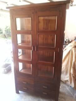 QUALITLY SOLID TIMBER BOOKCASE/DISPLAY CABINET WITH DRAWERS Murrumba Downs Pine Rivers Area Preview