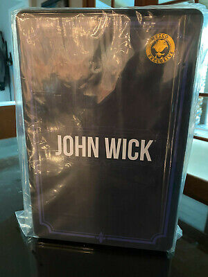 IN HAND Mezco JOHN WICK Chapter 2 Deluxe Edition One:12 Exclusive Keanu Reeves!!