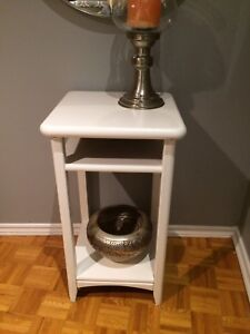 Hall or accent table
