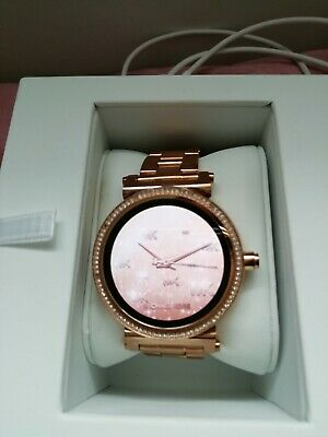 Michael Kors Access Smartwatch Sofie Rose Gold Stainless
