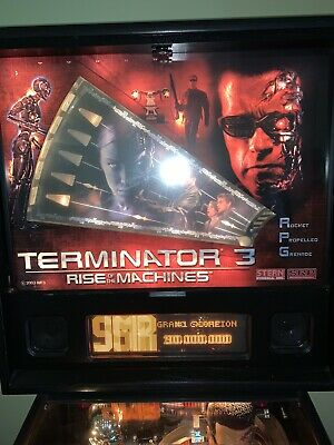 Terminator 3 Rise of the Machines. Stern Pinball Machine