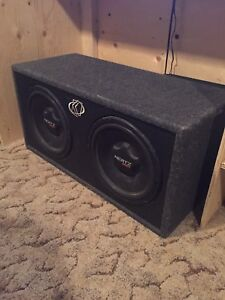 2 12 inch hertz subs in ported box with 1000 watt amp