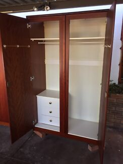 Freestanding Wardrobes