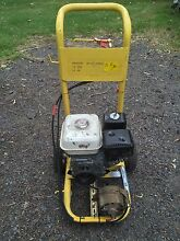 Portable 100 amp petrol powered battery charger Newcastle Newcastle Area Preview