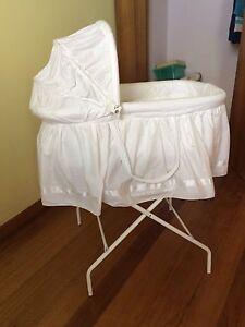 Baby bassinet Upper Burnie Burnie Area Preview