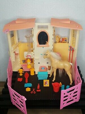 Vintage Barbie Styling Stable & Baby Horse Playset Toy Pony 2002 +Accesories+BOX