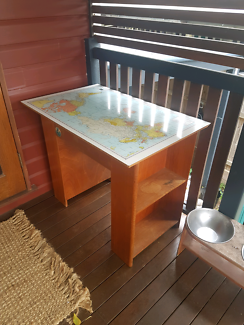 Student desk with world map desks gumtree australia logan area desk with world map gumiabroncs Gallery
