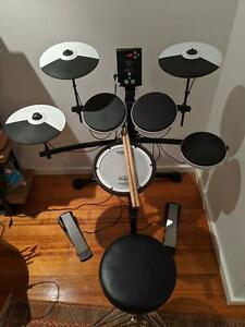 Electric Drumkit - Roland TD-1K with mesh snare