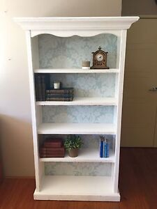 Book Case Southern River Gosnells Area Preview