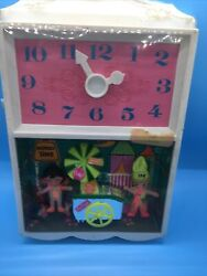 Vintage Sealed Ideal Flatsy Munch Time Mini Doll Clock 1969 Framed Wall Picture