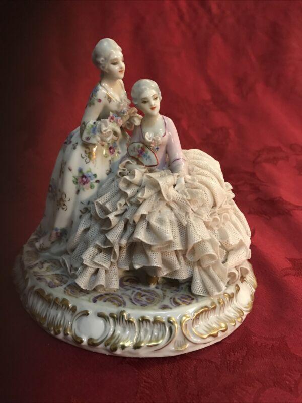 Luigi Fabris Porcelain Lace Figurine 2 Ladies W/ Fan