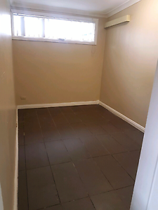 ROOM FOR RENT .. CHEAP.. ONLY 170 Campbelltown Campbelltown Area Preview