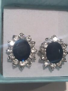 Kate Middleton Simulated Sapphire & CZ earrings -054