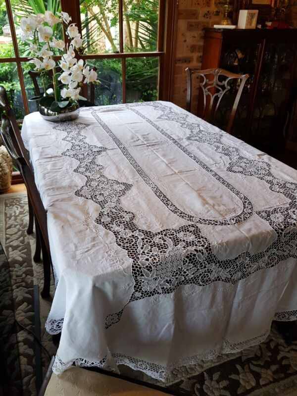 Vintage White Oval Embroidered Reticella Point De Venise Lace Tablecloth 270 cm
