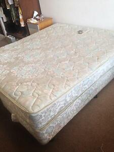 King Mattress & 2 x Single Box Bed Bases South Yarra Stonnington Area Preview