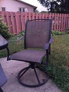 Swivel/rocking Patio Chairs - 6 available