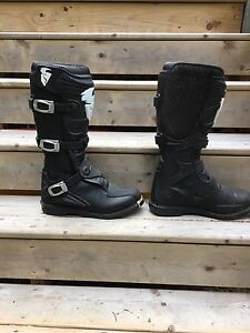 Size 11 thore boots