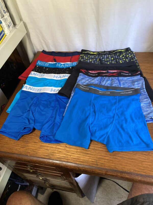 A Mix lot of 8 boys boxer briefs Size Large (New) (L)