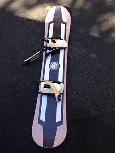 Set Planche de Snow, Fix & Bottes / Snowboard, Bindings & Boots