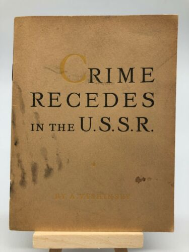 Crime Recedes USSR Soviet Propaganda 1939 Worlds Fair NY Vintage Booklet Moscow