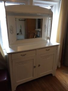 Antique hutch priced to sell $150 OBO