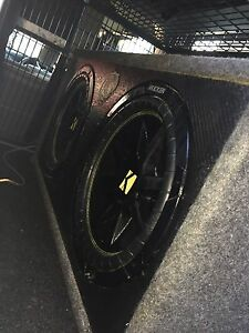 "12"" twin kicker subs and pioneer amp Narre Warren South Casey Area Preview"