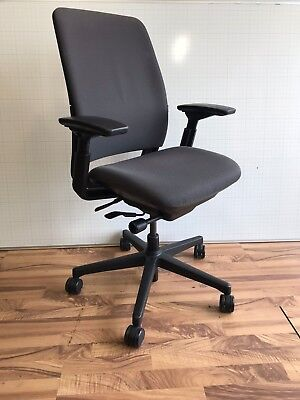 Task Chair - Ergonomic Computer Chair - Steelcase Amia - Very Good Condition