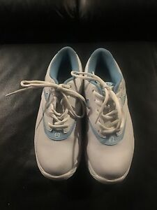 Brunswick Bowling Shoes women's size 5