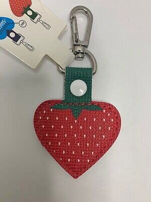 Aldi Store Quarter Keeper Key Chain Strawberry Shaped Fob Authentic (Quarter Store)
