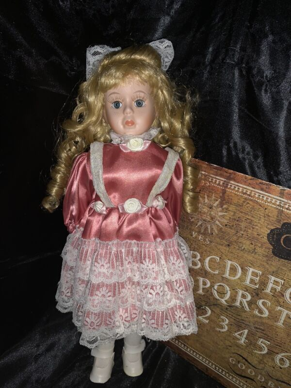 Haunted Porcelain Doll MARY Paranormal ACTIVE Spirit  Moves Ghost Orbs A3