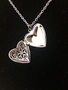 Heart Aromatherapy Essential Oil Diffuser Necklace London Ontario image 3