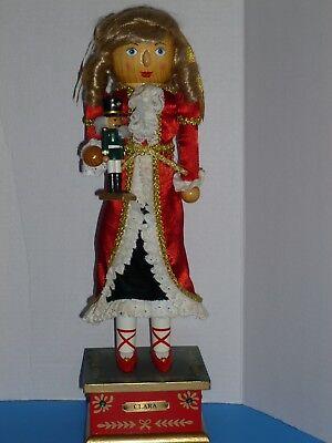 "CHRISTMAS CLARA NUTCRACKER W TOY SOLDIER MUSIC BOX PLAYS  ""THE NUTCRACKER SUITE"