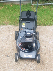Victa 4 stroke lawn mower Ipswich Ipswich City Preview